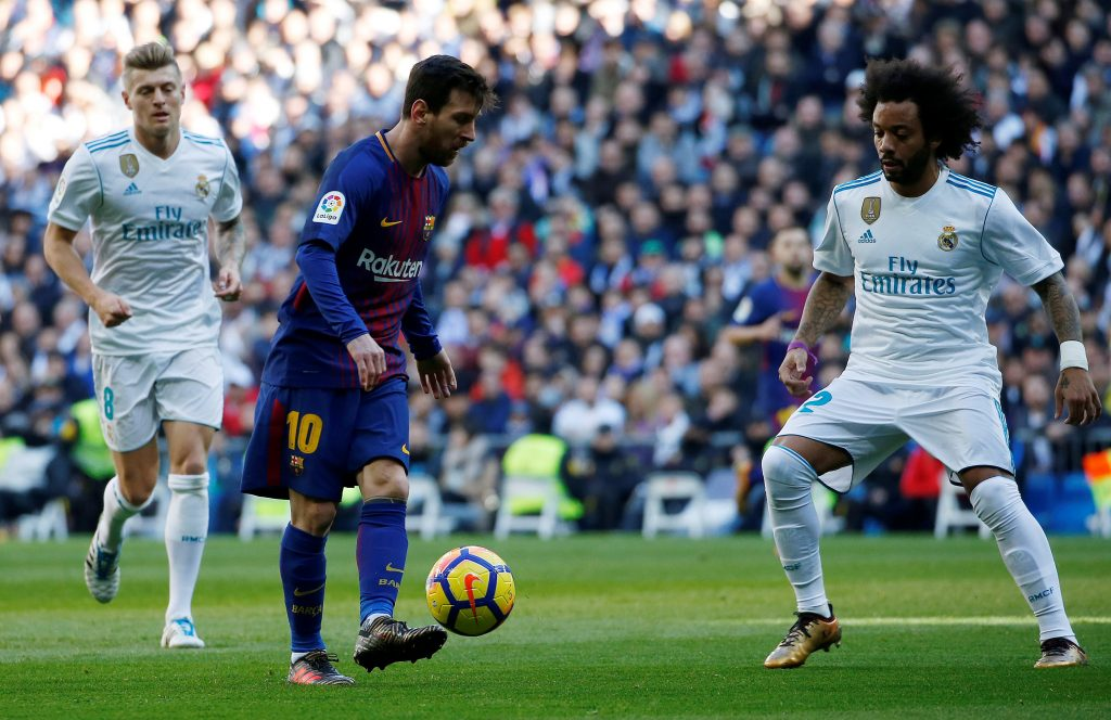 FOOTBALL   Real Madrid v FC Barcelone – liga – 23 12 2017. Soccer Football  – La Liga Santander – Real Madrid vs FC Barcelona – Santiago Bernabeu ... 6fcfdf689d2